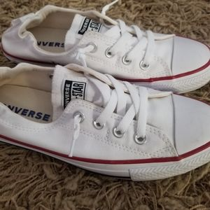 New without tags size 8 slip on no tie converse